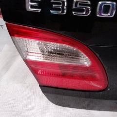 Запчасть фонарь крышки багажника левый Mercedes-Benz E-CLASS 2005