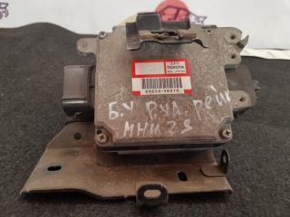 Блок управления рулевой рейкой TOYOTA Kluger 2006