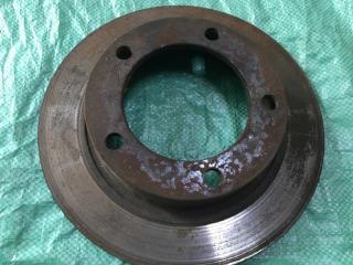 Запчасть тормозной диск передний Лада 2121