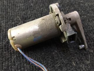 Запчасть мотор-редуктор ваз-2110 заслонки отопителя со Лада 2110