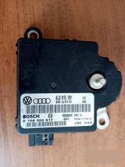 Блок управления аккумулятором Audi Q7 2006-2015