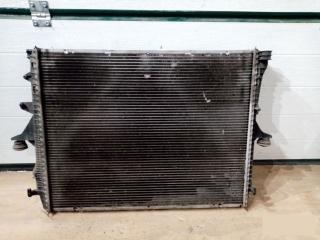 Радиатор охлаждения ДВС Audi Q7 2006-2015