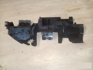 Дефлектор радиатора левый VW Passat B6 2006-2011
