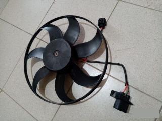 Запчасть вентилятор радиатора VW Passat B6 2006-2011