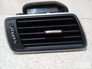 Дефлектор вентиляции салона VW Passat 2010-2015