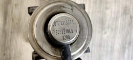 Запчасть клапан рециркуляции выхлопных газов левый VW Touareg 2003-2010