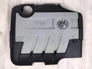 Крышка двигателя декоративная VW Passat B6 2006-2011
