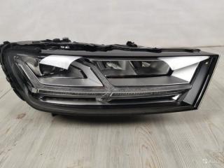 Фара в сборе передняя правая Audi Q7 2015-