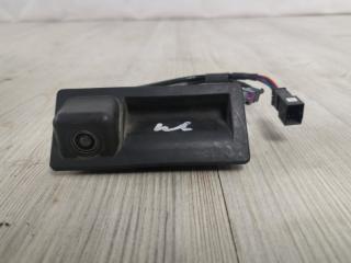 Камера заднего вида VW Touareg 2010-2018