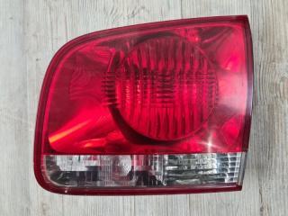 Фонарь в крышку багажника задний правый VW Touareg 2003-2007