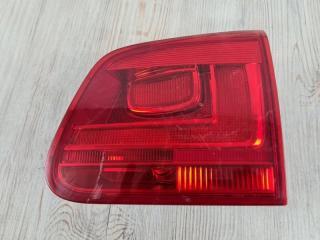 Фонарь в крышку багажника задний правый VW Tiguan 2011-2016
