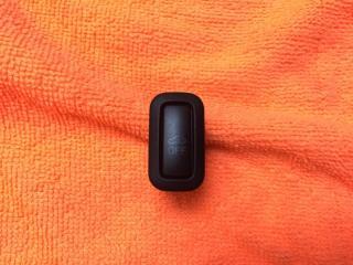 Кнопка отключения сигнализации передняя VW Passat 2009-2015