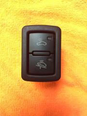 Запчасть кнопка отключения сигнализации Audi Q7 2006-2015