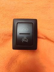 Запчасть кнопка отключения сигнализации VW Touareg 2003-2010