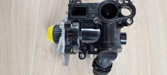 Насос водяной (помпа) VW Passat B7