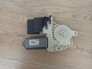 Моторчик стеклоподъемника задний правый VW Passat B6 2006-2011