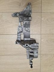 Запчасть кронштейн генератора и компрессора кондиционера VW Passat B8 2015-