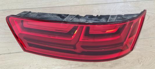 Фонарь в крышку багажника задний правый Audi Q7 2015-
