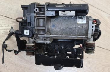 Компрессор пневмоподвески Audi Q7 2015-