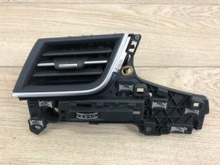 Дефлектор приточного воздуха передний левый Audi Q7 2015-