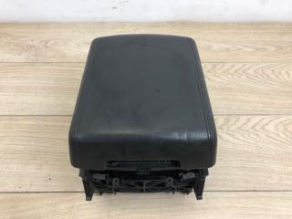 Подлокотник передний VW Touareg 2003-2010