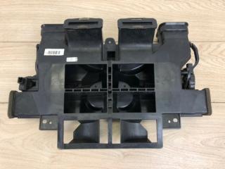 Дефлектор воздушный передний VW Touareg 2 2010-2018