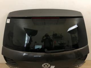 Стекло крышки багажника VW Touareg 2 2010-2018