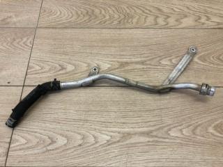 Запчасть трубка системы охлаждения Audi Q7 2015-