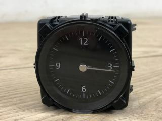 Часы VW Passat B8 2015-