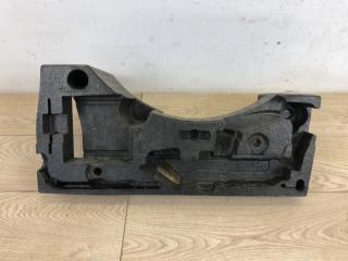Ящик для инструментов VW Passat B8 2015-
