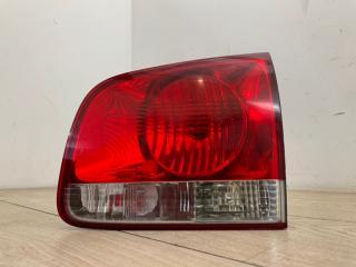 Фонарь в крышку багажника задний правый VW Touareg 2003-2010
