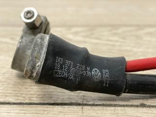 Клемма аккумулятора плюс Q3 2012-2019 8U