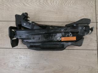 Ящик для инструментов Porsche Cayenne 2012
