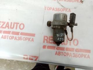 Запчасть электро вакуумный насос тормозной системы Volkswagen Passat 2001