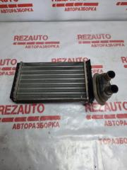 Запчасть радиатор печки Volkswagen Passat 2001