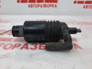 Запчасть моторчик омывателя Volkswagen Passat 2001