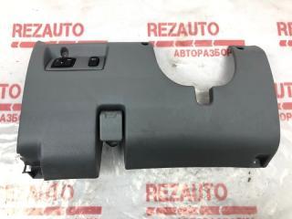 Запчасть накладка консоли Mitsubishi Galant 2003