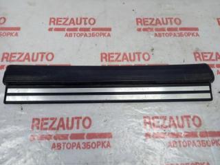 Запчасть накладка на порог (внутренняя) передняя правая Mercedes-Benz C-Class 1997