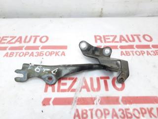 Запчасть петля капота Mazda Mazda3 2007