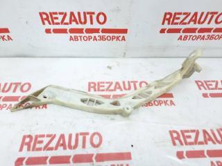 Запчасть крепление бампера правое Mazda Mazda3 2009
