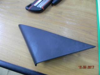 Запчасть накладка зеркала левая Toyota Camry 2006