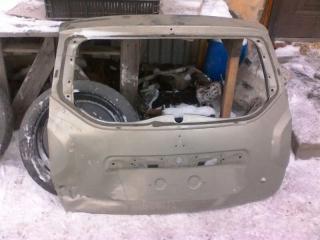 Запчасть дверь багажника Renault Duster 2013