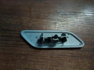 Запчасть крышка омывателя фары левая Toyota Land Cruiser Prado 150 09-13