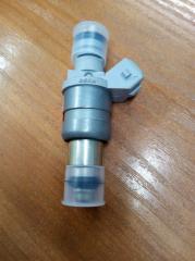 Запчасть форсунка инжекторная VAZ 2112