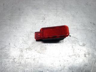 Запчасть подсветка двери передняя Skoda Yeti 2009-