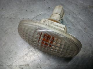 Запчасть повторитель на крыло Chevrolet Aveo 2005-2011