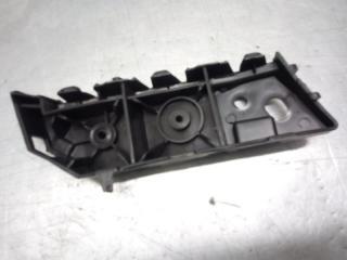 Запчасть крепление бампера переднее правое Chevrolet Cobalt 2011-2015