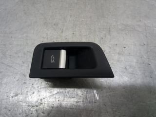 Запчасть кнопка открывания багажника Audi Q7 2015-