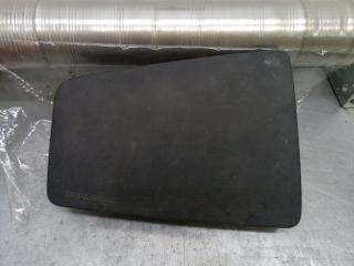Запчасть крышка подушки безопасности Mazda Mazda 6 2002-2007