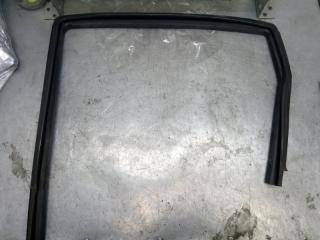 Запчасть уплотнитель стекла двери задний левый Chevrolet Aveo 2009